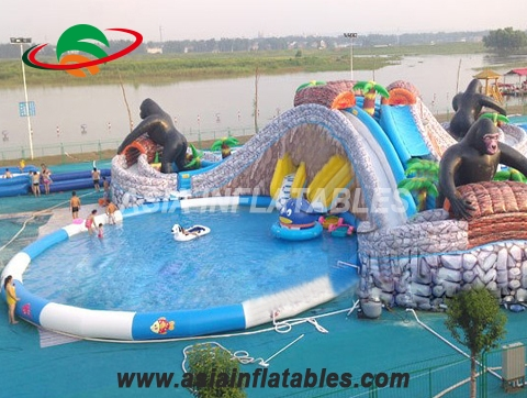 Inflatable Animal Theme Water Movable Park with 3 Pools and Slides